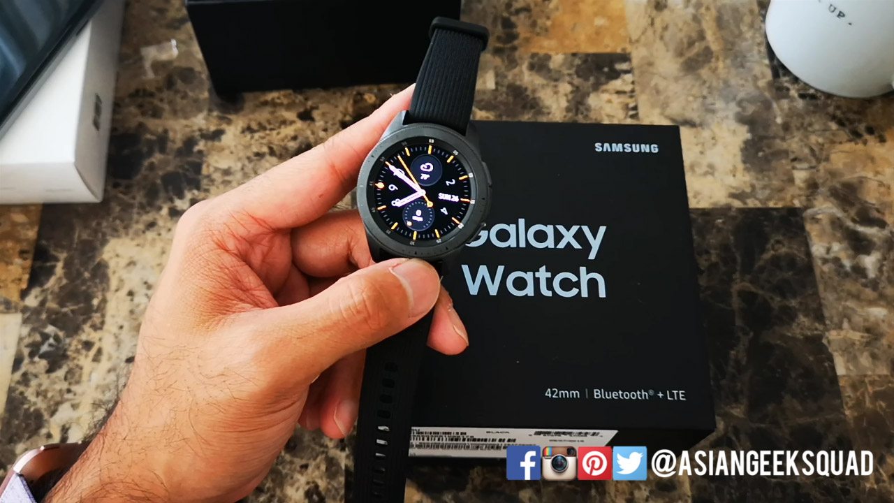 Unboxing The Samsung Galaxy Watch 42mm